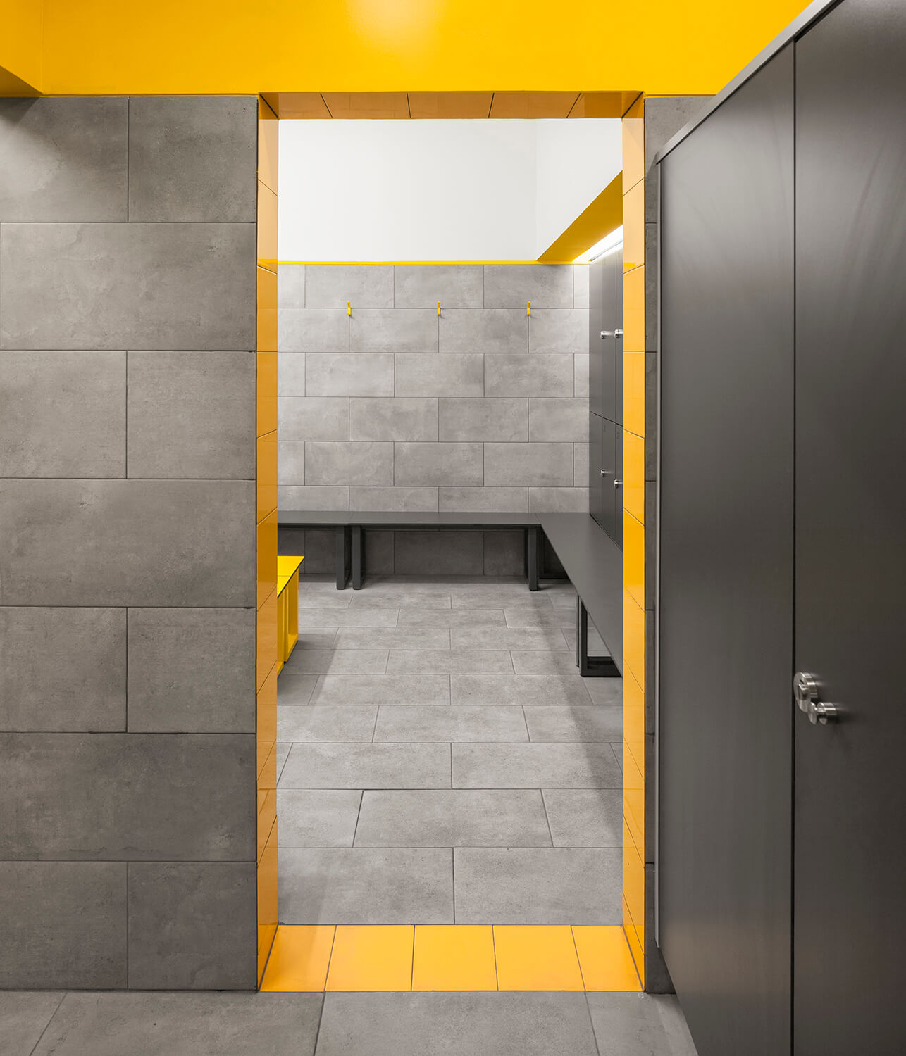 Detail Of The Passage Frame Between The Shower And The